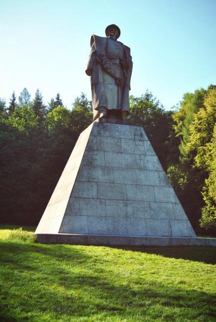 13 metrů vysoký žulový pomník Jana Žižky od profesora Josefa Malejovského
