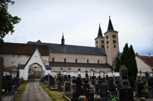 Kostel svatého Jiljí v Milevsku je vedený v Seznamu kulturních památek v okrese Písek