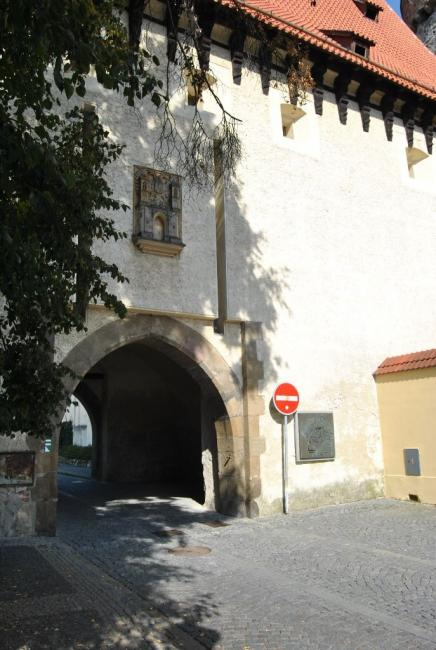Hradní věž Kotnov a Bechyňská brána