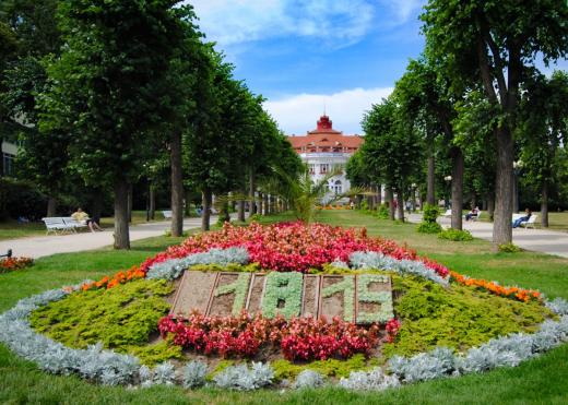 Smetanovy sady a Alžbětiny lázně v Karlových Varech