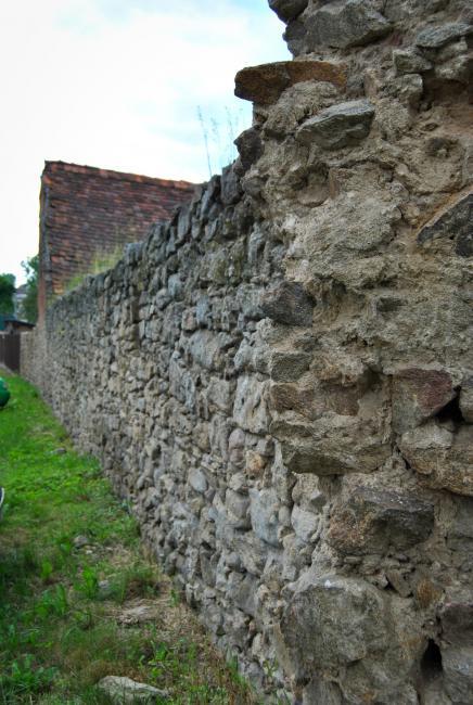Městské středověké opevnění Slavonic