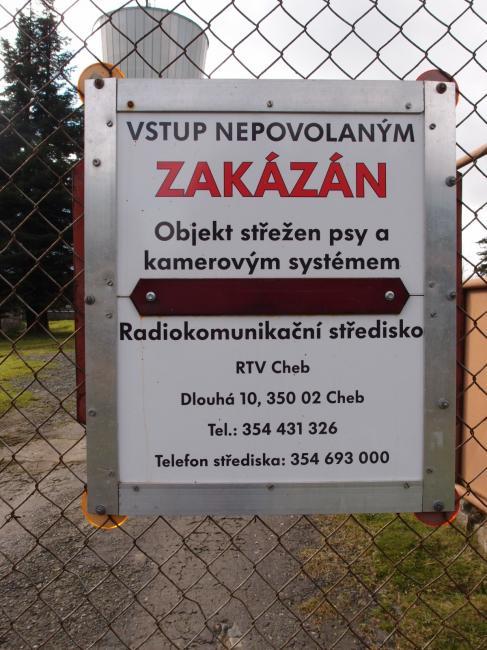 Zákazová cedulka (foto z roku 2014)