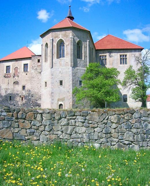 Hrad Švihov - hradní kaple, postavená mezi lety 1480–1489 Půtou ze Švihova