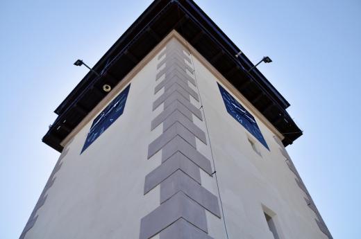 Kamenná věž Hláska