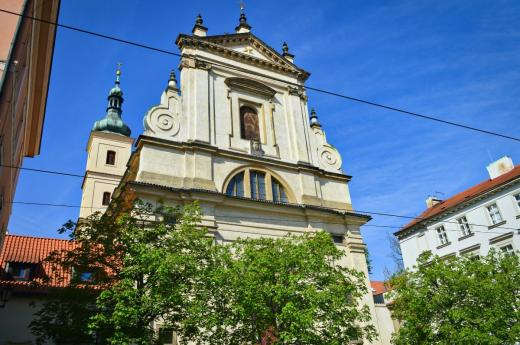 Kostel Panny Marie Vítězné a svatého Antonína Paduánského (Pražské Jezulátko)