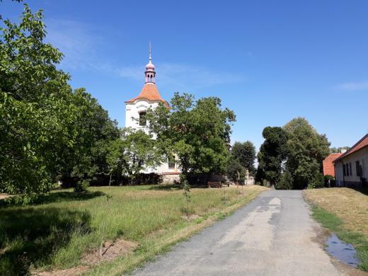 Kostel sv. Jakuba Velkého ve Slušticích