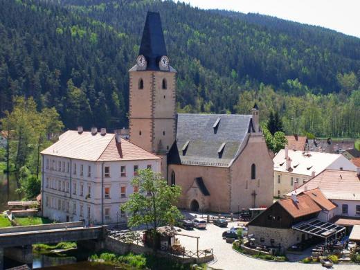 Kostel sv. Mikuláše v Rožmberku nad Vltavou