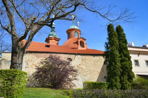 Kostel svatého Vavřince na Petříně