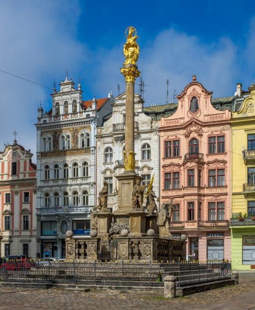 Mariánský sloup na náměstí Republiky v Plzni