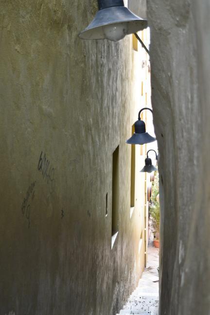 Nejužší ulička v Praze