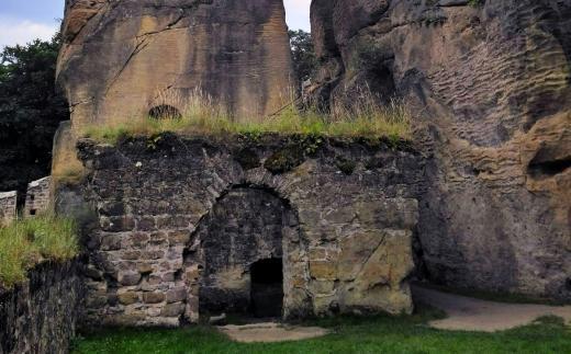 Zřícenina hradu Ronov u České Lípy