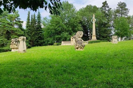 Sochařský park sv. Gotharda v Hořicích