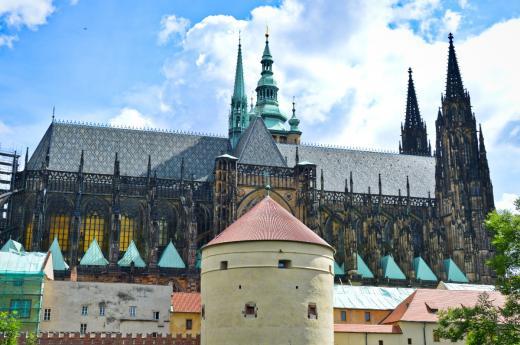 Vyhlídka z Královské zahrady na Svatovítskou katedrálu