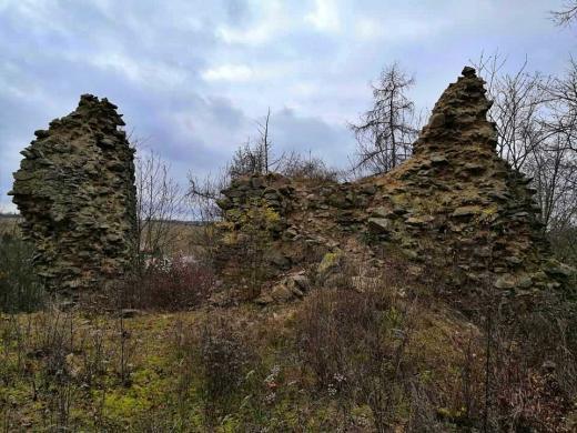 Zřícenina hradu Bělá