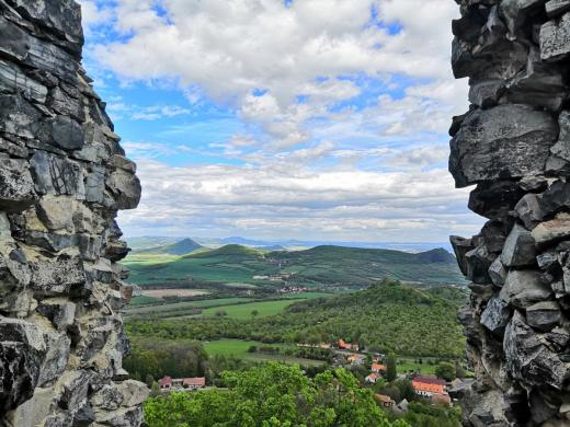 Zřícenina hradu Oltářík
