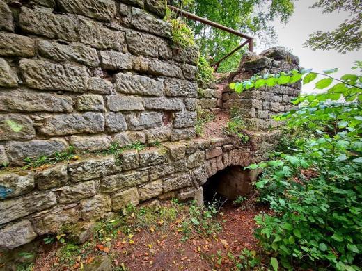 Zřícenina hradu Žampach