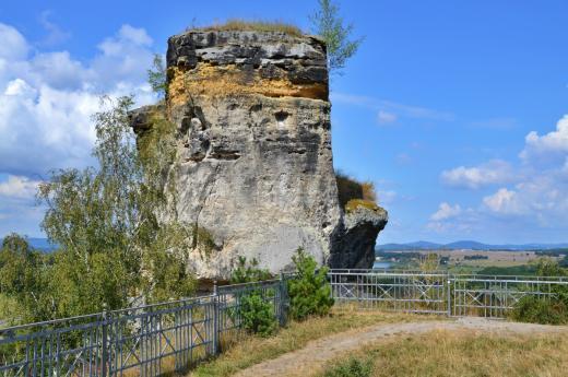 Zřícenina hradu Jestřebí