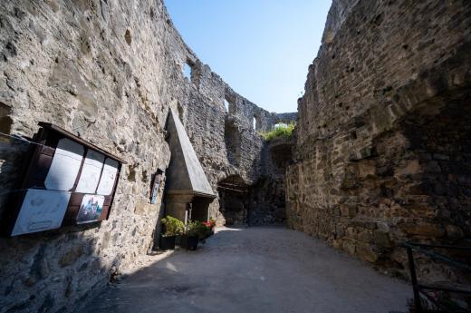 Zřícenina hradu Valečov
