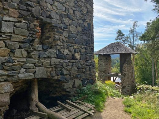 Zřícenina hradu Zlenice